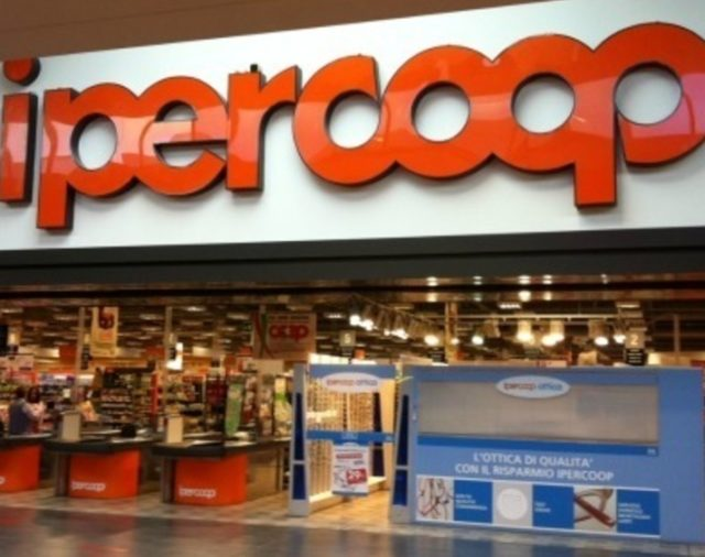 Ipercoop: Posti per Camerieri, Impiegati, Farmacisti, Addetti Bar, Vendite ecc