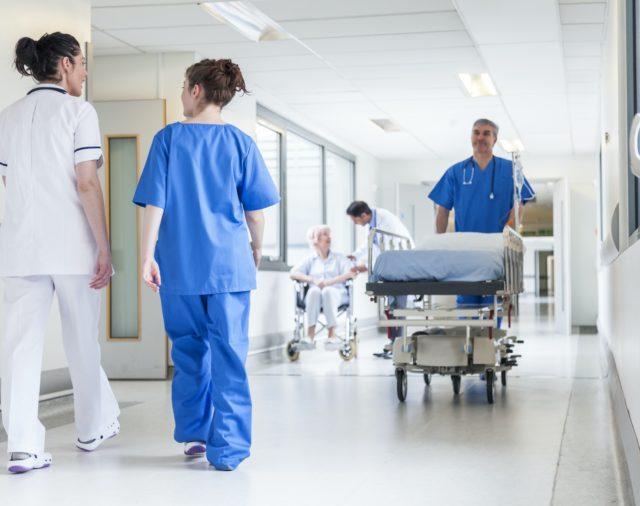 Sanità: Bando per 14 Operatori Addetti all'Assistenza con Licenza Media