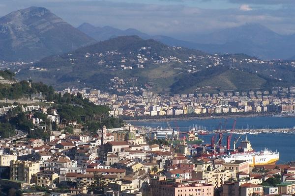 Lavoro Campania: concorso in Comune per 12 a tempo indeterminato